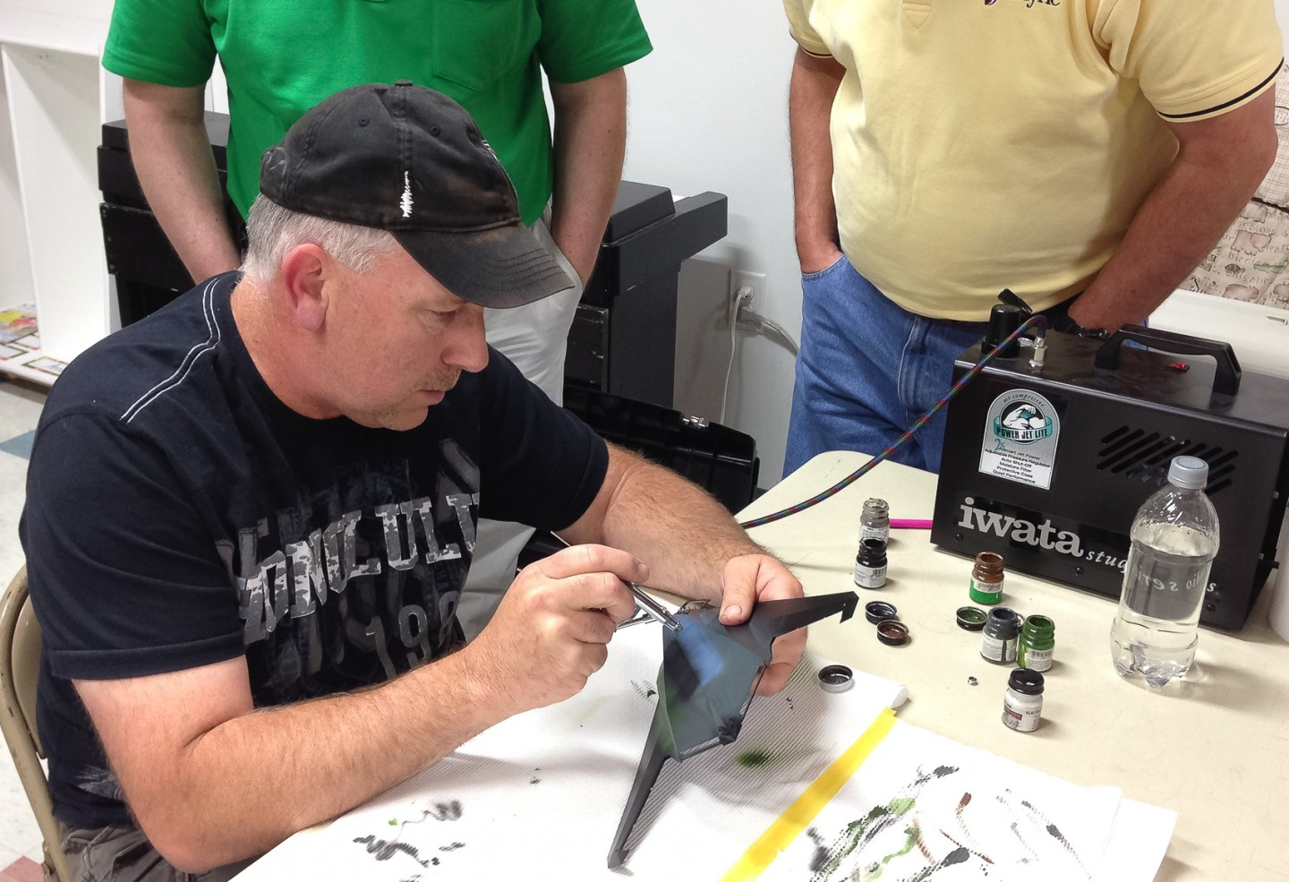 Kevin Farris demonstrated airbrush weathering at the May meeting.