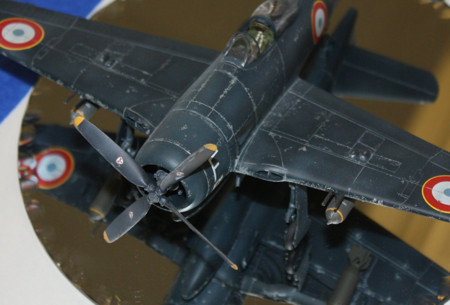 Chip Jean's F8F shows off its 'chipped' paint