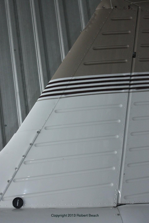 exterior_vert tail_portside