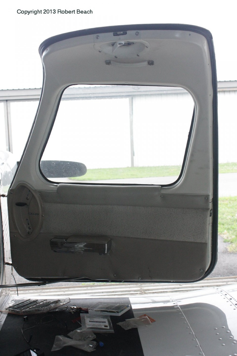 interior_pilot door starbdside