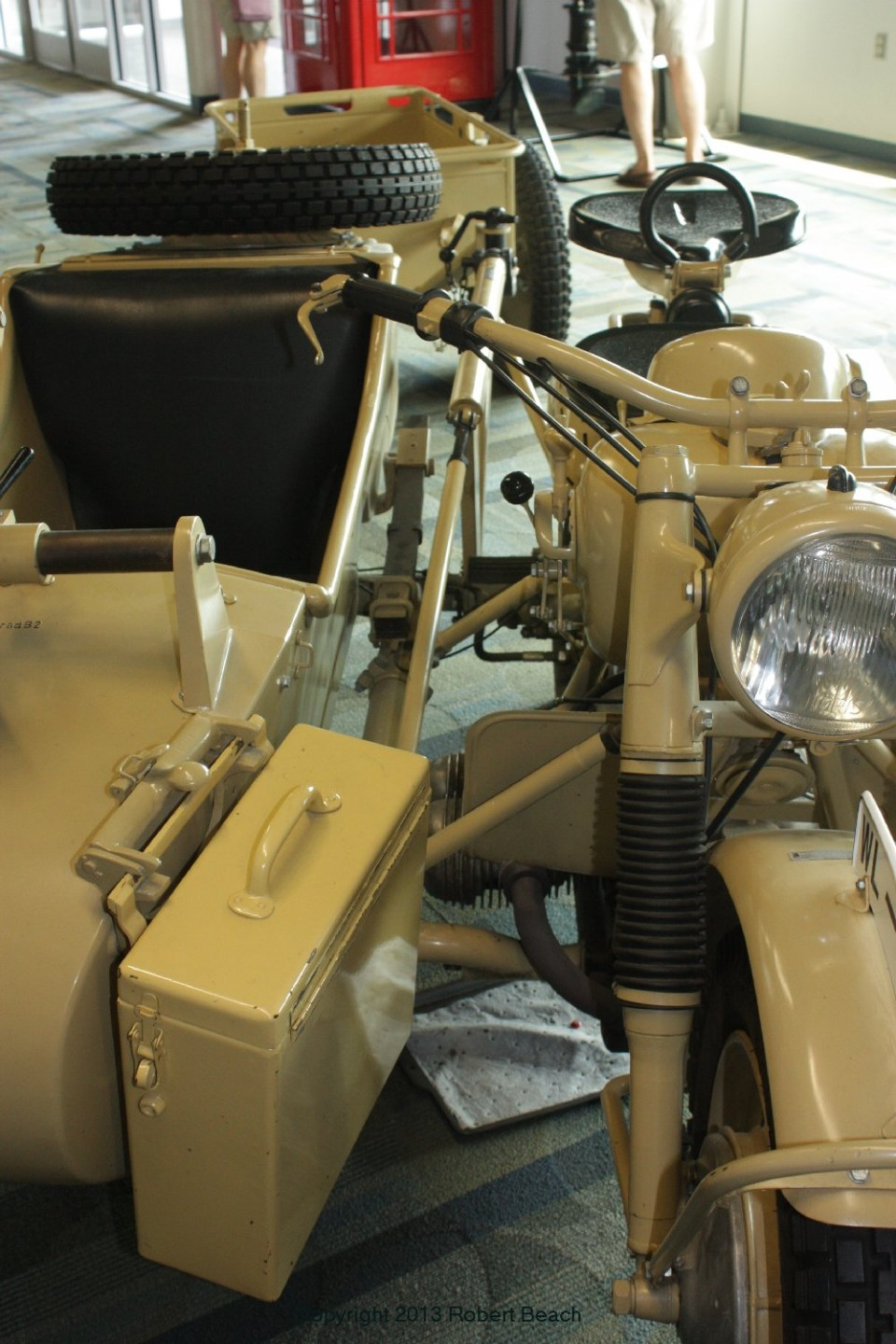 BMW_Mtrcycle_sidecar_cntr sect_frm frnt