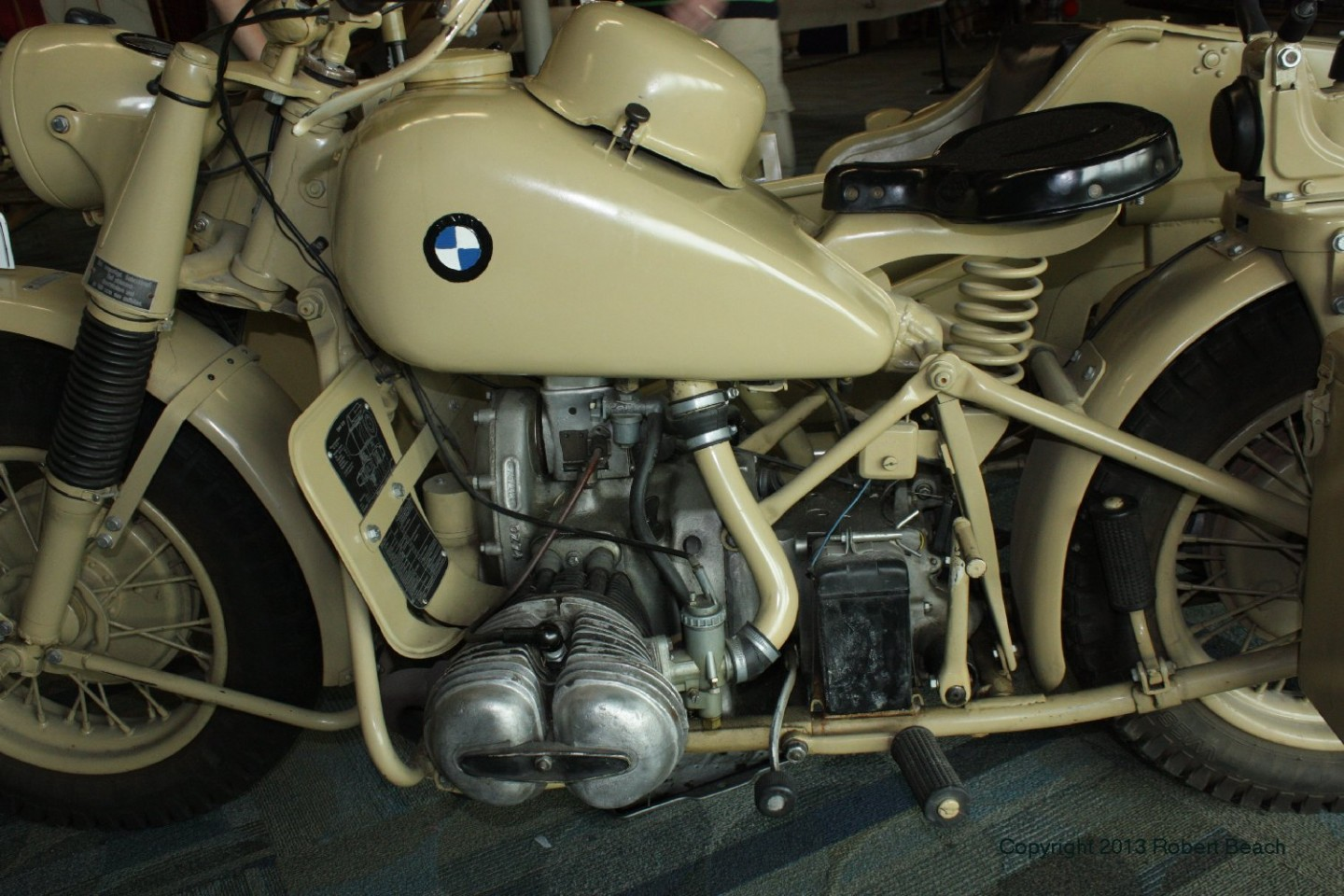 BMW_Mtrcycle_sidecar_cycle left side