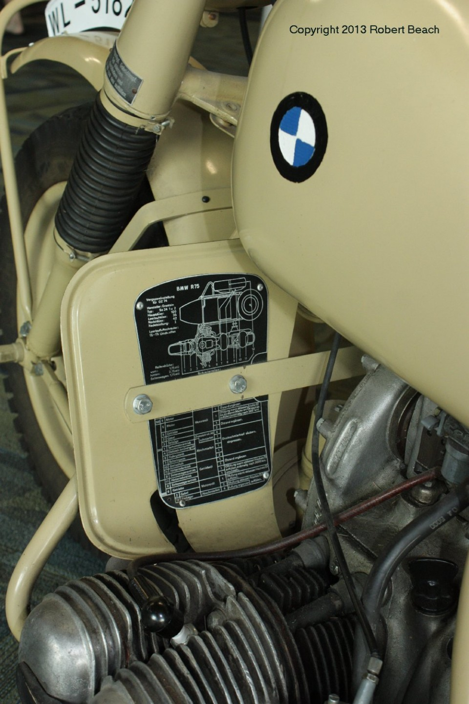 BMW_Mtrcycle_sidecar_cycle lftside foot board_frm left rear