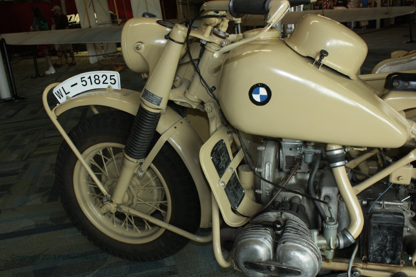 BMW_Mtrcycle_sidecar_cycle_left side cntr