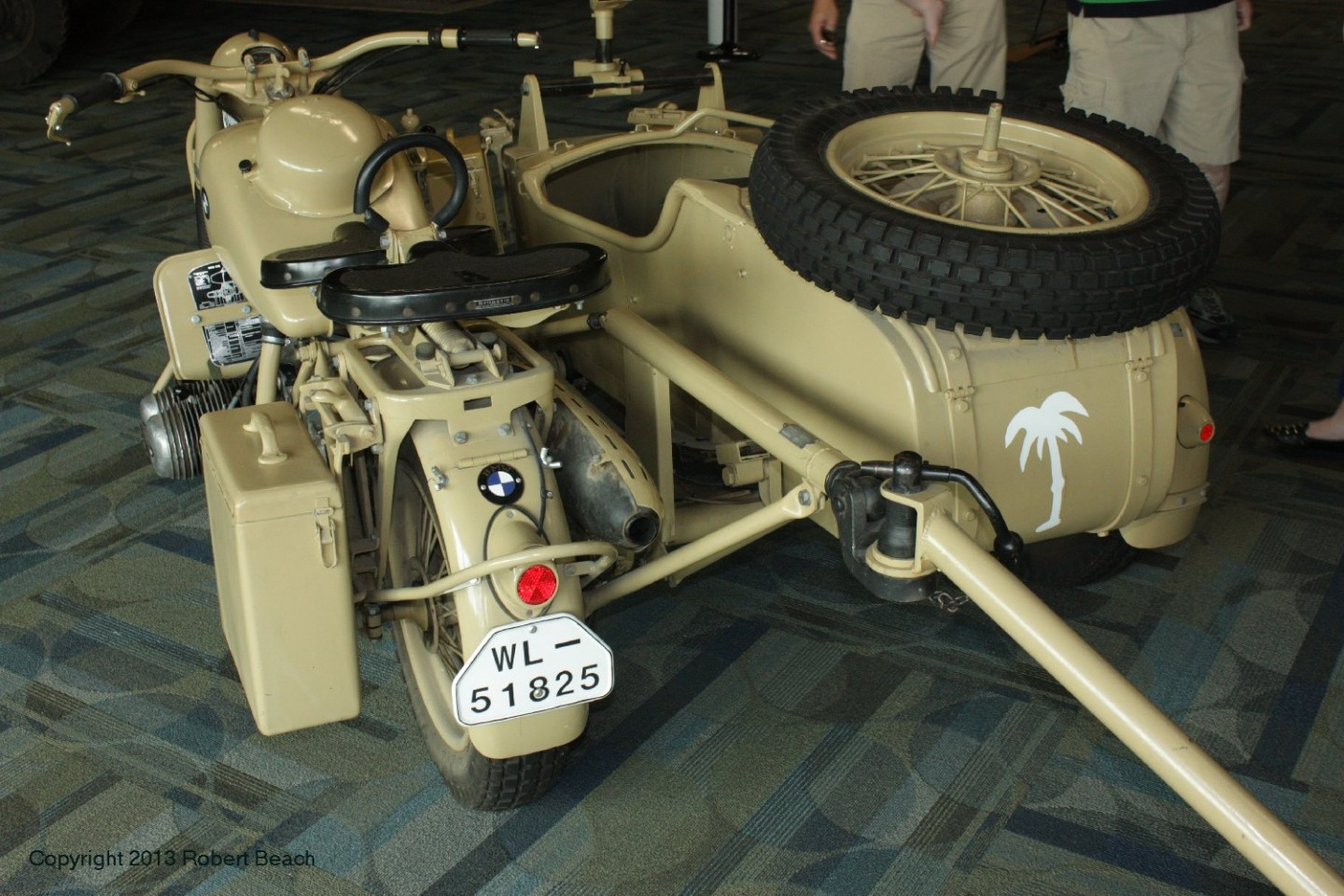 BMW_Mtrcycle_sidecar_frm left rear