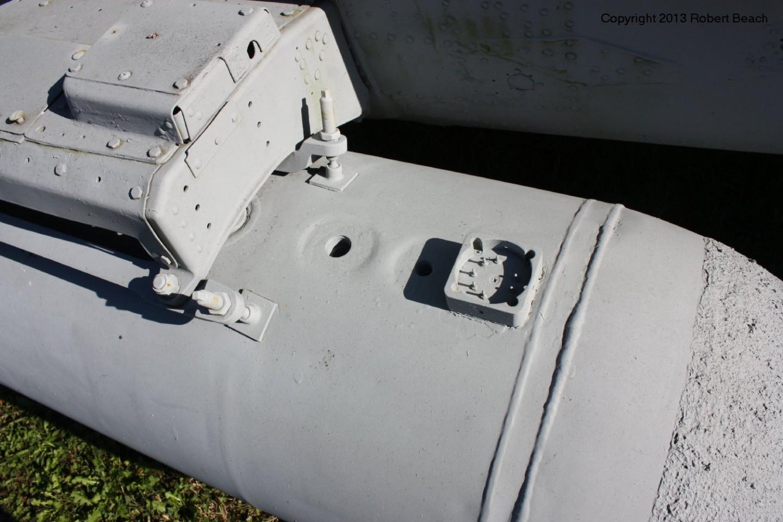 port drop tank aft end
