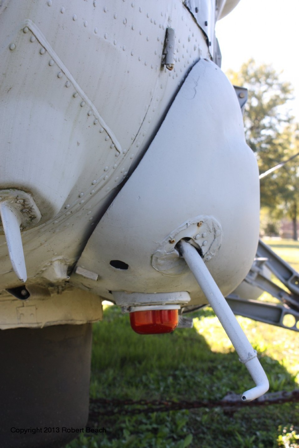 port gear fairing frm frnt and pitot