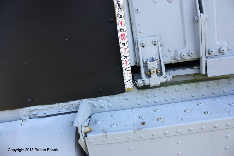 port pilot door fwd corner and track