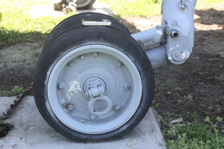 port wheel frm side