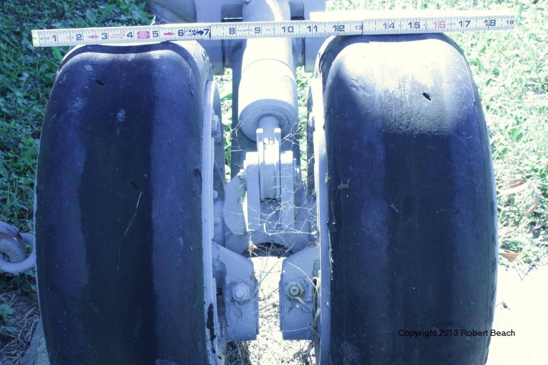 port_gear wheel closeup 5