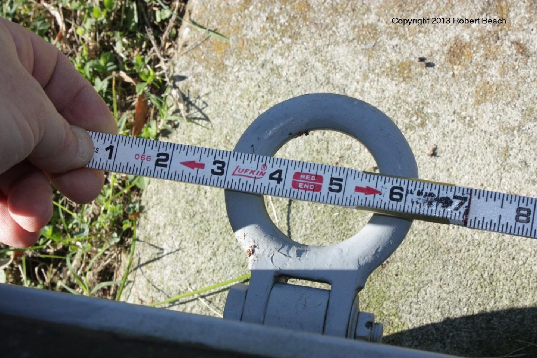 port_gear wheel closeup tiedown